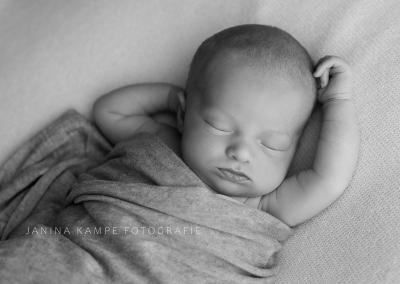 Neugeborenenfotografie154 Janina Kampe Fotografie