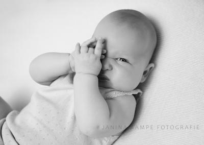 Neugeborenenfotografie163 Janina Kampe Fotografie